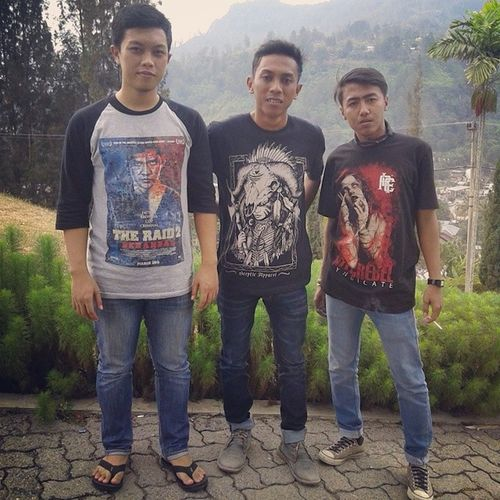 Cloth to Relicstation Sceptic_apparel
