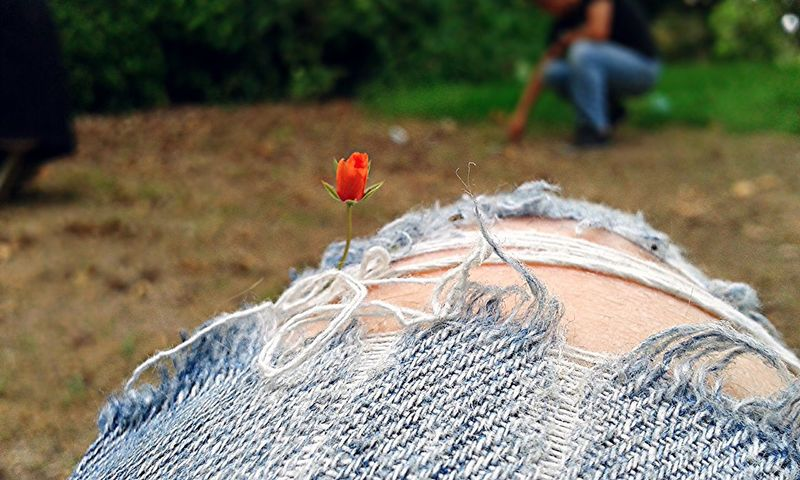 Knees Flower Jeans