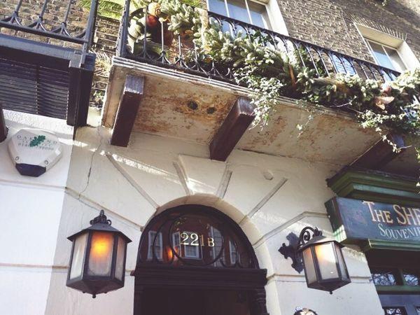 221b Bakerstreet Sherlock Holmes London