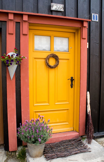 Roros Door Norway Røros Architecture Building Exterior Built Structure Day Door Entrance Entry Flower Nature No People Outdoors Plant Yellow