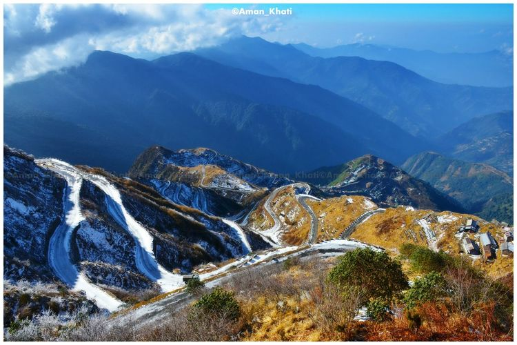 The Famous winding road of ZULUK. THE LENGENDARY SILK ROUTE. Sikkim Zuluk Silkroute Winding Road Snowland Landscape_photography Minusdegrees