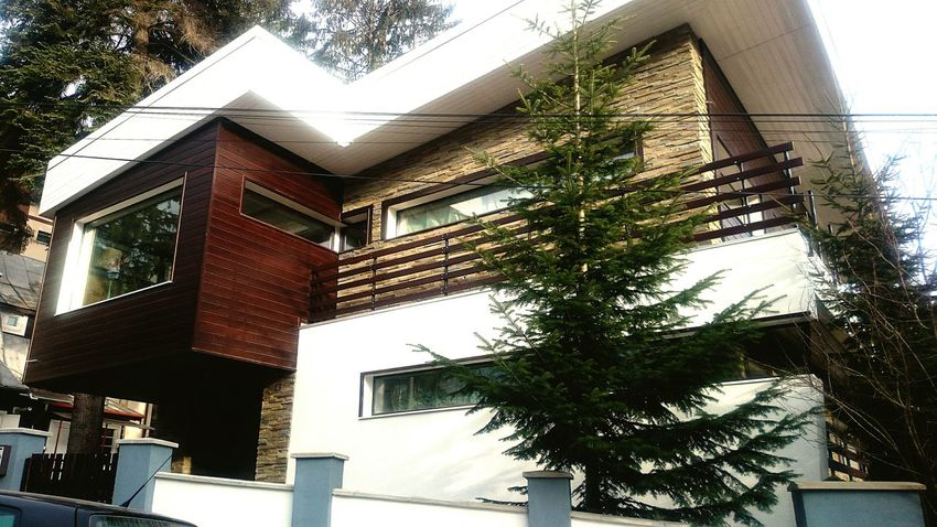 Montain  Modern Architecture Love Architecture Walking Around The City  Check This Out Taking Photos Urban Lifestyle