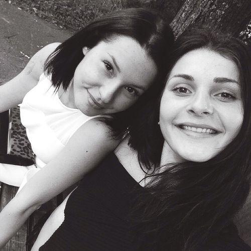Schöne Tag mit beste Freundin ist unvergleichbar 🍓💛 First Eyeem Photo