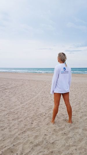 New life Back Background Travel Travel Destinations Work Lifestyles Photography Autumn On The Beach Blonde Blonde Girl Blonde Hair SPAIN Young Women Sea Full Length Water Beach Sand Relaxation Summer Women Portrait Beach Holiday Wave A New Beginning