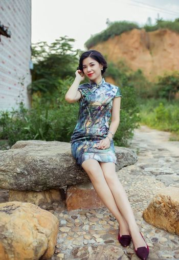 Human Figures Photography Retro Styled Women Restore Ancient Ways Cheongsam 6D Camera