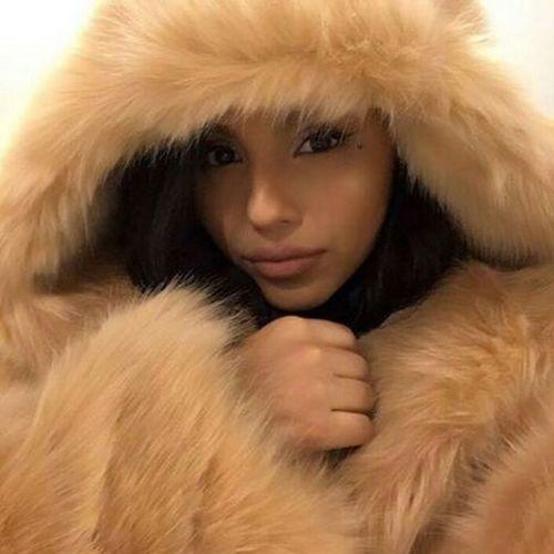 Matte Lipstick Makeup Fashion Furcoat Aesthetics Gorgeous Selfie ✌ Selfie Selfie✌ Beauty Model Urban Fashion Urbanstyle Mattelipstick