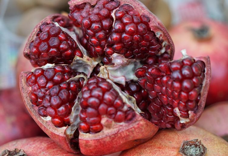 Fruit Healthy Eating Food Close-up Red Freshness No People Pomegranate Food And Drink Indoors  Pomegranate Seed Seed