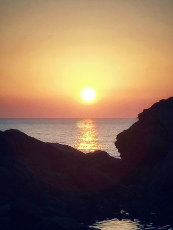 Harvest Moon Sunset Sea Sun Scenics Beauty In Nature Nature Water Tranquil Scene Tranquility Horizon Over Water Silhouette Idyllic Beach Sky Sunlight Reflection No People Outdoors Clear Sky Down By The Ocean Saikai City Japan