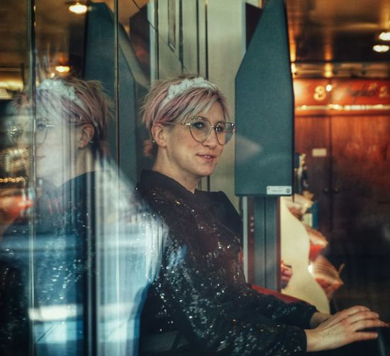 2019 Niklas Storm April Cafe City Portrait Illuminated Smiling Store Looking Through Window Looking At Camera Retail  Men Exploring Fun My Best Photo