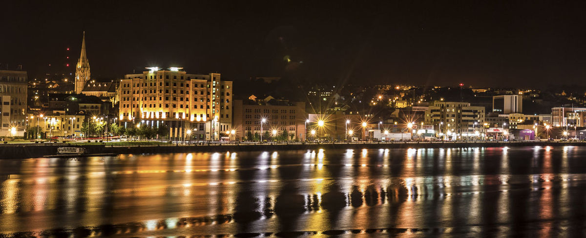 Cityscape Derry Derrylondonderry Foyle Hotel Night Water