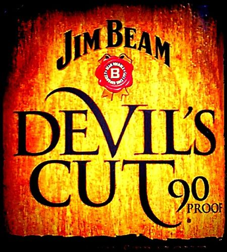 Drink Drank Drunk The Devil Made Me Do It  Devil Alcoholic Drink Alkohol Text&symbols Check This Out No People Taking Photos No People! Bourbon Whiskey Illuminated Illuminated Signs Commercial Signs Text Western Script WesternScript Kentucky  Devil'sCut Bourbonwhiskey Jimbeam Devil's Cut Jim Beam Kentucky Straight Bourbon Whiskey Bourbon Whiskey Sign James Beam Alcohol 90 Proof Jim Beam Devil's Cut
