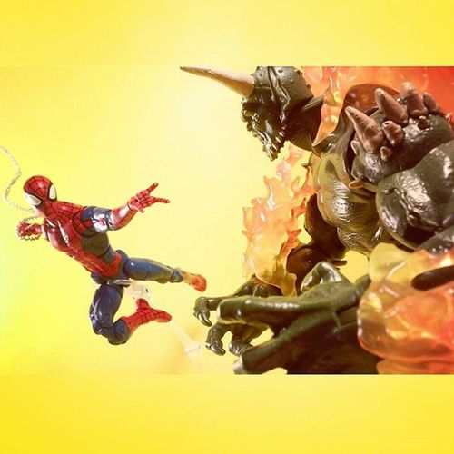 """Woahoo gobby! Looks like someone's been hitting the gym?"" Marvellegends Marvellegendscollector Spiderman Amazingspiderman ACBA Greengoblin Osborn Spidey Spiderman Toyartistry_elite Ata_dreadnoughts Toyrevolution Toycommunity Toystagram Toyart Actiontoyart Toyslagram Toyscrewbuddies Toygroup_alliance Toyscrewbuddiesusa Toyphotogallery Articulatedcomicbookart Actionfigurephotography Toysforever Toyplanet toyporn toyboners toysarehellasick anarchyalliance figurecollection toylovers"