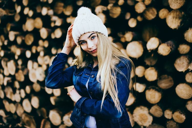 - Jamy - Happy New Year everyone 🎉 Check This Out People Portrait Lifestyle EyeEm Best Edits Portrait Picrures People Shots Beautiful Girl Portrait Of A Woman Photos Of A Woman EyeEmBestPics Color Portrait EyeEm Nature Lover Woods A Walk In The Woods Portrait Of A Friend EyeEm Best Shots EyeEm Portraits Young Women Open Edit Girls Cheese! Check This Out Beauty Somewhere