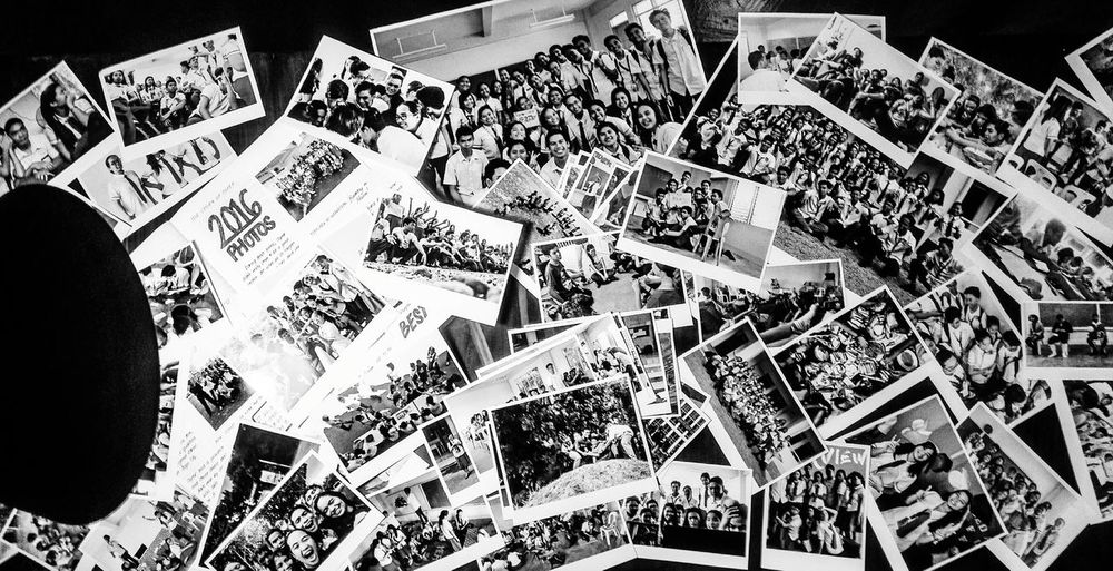 Polaroid Pictures Arts Culture And Entertainment Crowd People Voyager Happy People Capture The Moment Black And White Hanging Out