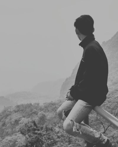 Mountain One Man Only Nature One Person Adult People Casual Clothing Landscape Adults Only Fog Outdoors Grass Only Men Men Sitting Water Day First Eyeem Photo Sky