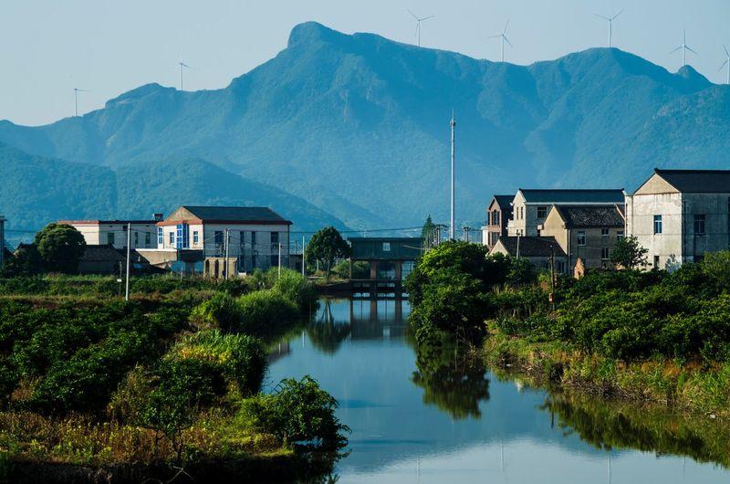 田园 Mountain Architecture Building Exterior House Water Built Structure Mountain Range