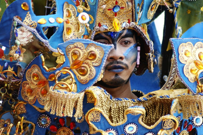 Kepri Fashion Carnival Classic Style Classic Elegance Traditional Culture Eye Make-up Culture Cultural Heritage Cultures Culture And Tradition Culture Of Indonesia Royalty Multi Colored Beauty Headwear Gold Gold Colored Statue Venetian Mask Headshot Ornate Royal Person Renaissance Mythology Fictional Character Period Costume King - Royal Person Carnival - Celebration Event Crown