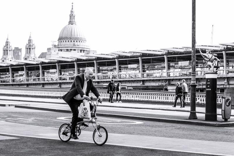 The Street Photographer - 2017 EyeEm Awards Architecture Transportation Bicycle Travel London