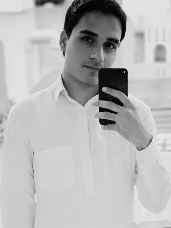 Smart Phone People Mobile Phone One Person Beautiful People Portrait Beautiful Dual Camera Mirror Simple Selfie Photographing Standing Looking At Camera India Travel Lifestyles EyeEmNewHere Be. Ready. One Step Forward Step It Up Black & White
