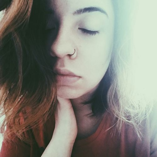 Hi! That's Me Check This Out Vscocam #vsco Girlswithpiercings Homehair Nomakeup Hottie Istanbul Turkiye Istanbul City