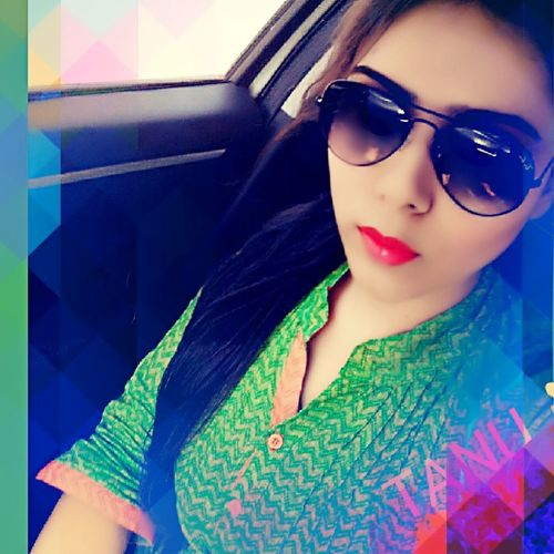 Meee Beautiful Cute MyEdit Eye4photography  Keep Smiling GoingOut Love ♥ Green Happy Time Happiness ♡ Happy Editoftheday Selfie Rayban Sunglasses Cool Okaybye