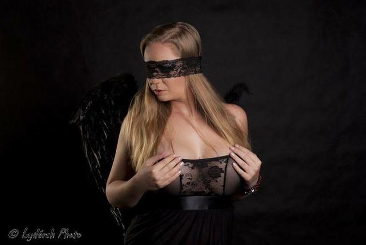 By Liderch Model Modelgirl Monikaherman Hermanmonika Blonde Black Angel Blackangel