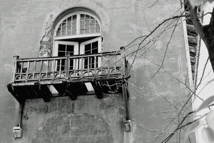 Horror Manicomio Bllackandwhite Photography Window Trieste2014 Trieste Remember Schooltrip 🎓 Photo Bestadventuresever School Firends  Memories