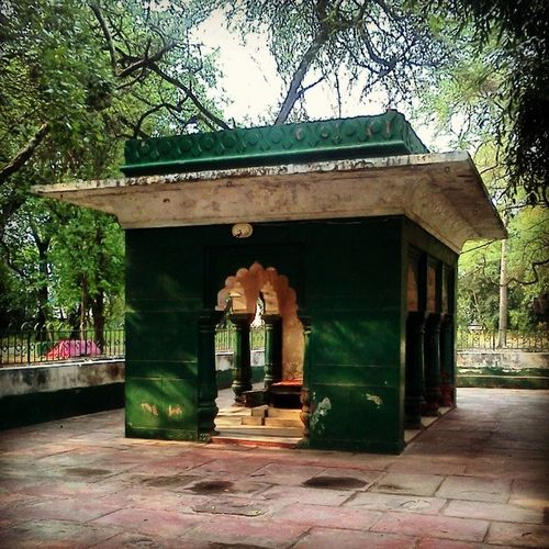 Bagh -e-Bedil Are you aware that the heartbeat of many Uzbekis , many Afghanis lay here in Delhi ? To be precise: in a garden, next to the National Sports Club of India. To be exact: in the tomb of Mirza Abdul Qadir Bedil… Bedil? Who's he? A 17th century Persian poet of Delhi, Bedil was the inspiration of MirzaGhalib, the 'complete Guru' of Muhamamd Iqbal, the beloved poet of AhmadShahMasood. Today he enjoys a cult following in parts of Central Asia. HiddenGem DelhiGram Delhi_Igers instaDelhi Instapic Heritage Monument IndiaPictures Shakespeare of CentralAsia Afghanistan Uzbekistan Iran Persia farsi.
