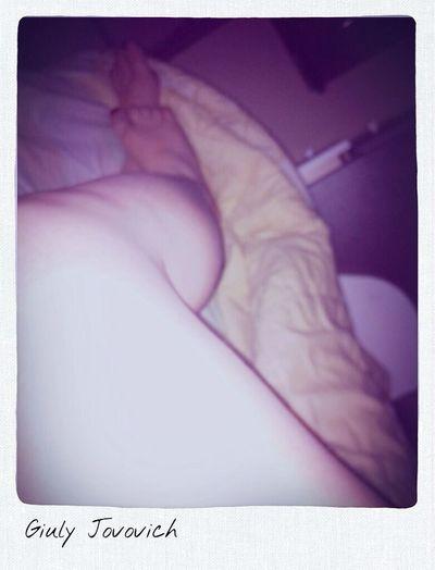 Relaxing Sleeping Good Morning Legs don't wanna get up ?