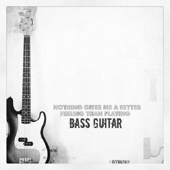 Bass guitar Ibanez