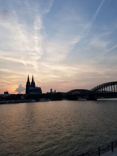 Cologne Sunset Dom Köln Rhein Rheinboulevard Hohenzollernbrücke Sonnenuntergang Sunset Cologne Colognecathedral Hohenzollernbridge