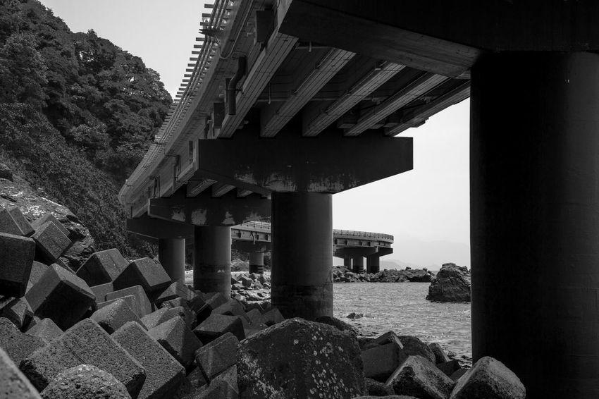 Art Artな写真 Black Blackandwhite Japan Monochrome Overpass Photo Photographer Photography Sea スナップ モノクロ 写真 写真家 日本 陸橋