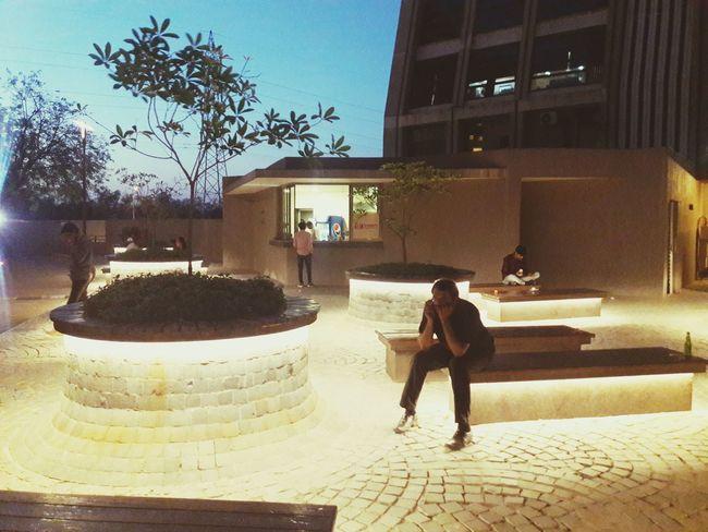 Mondeal Square.....