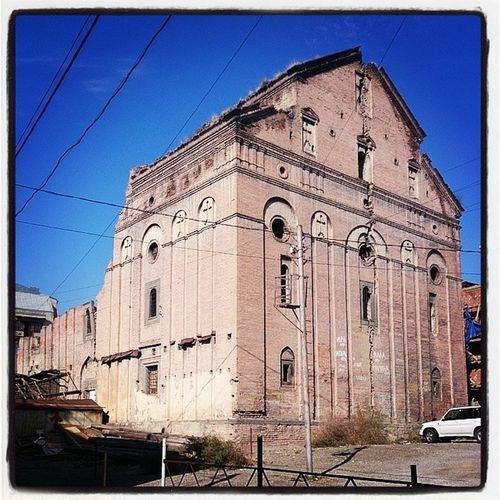 Когда-то это была самая большая церковь в Тбилиси.