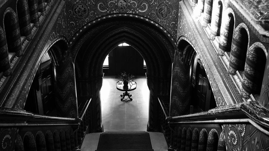Interior Creativity Architectural Feature Architecture Black & White Black And White EyeEm Gallery Darkness And Light Blackandwhite Blackandwhitephotography Geometric Shape Interiors Architecture And Art Pattern Architecture Design Tranquil Scene Stairs & Shadows Stairs Urban Exploration Rich Life