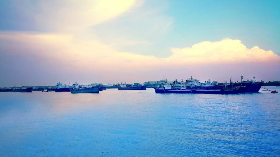 View of River Karnaphuli from neval avenue, chittagong Hanging Out Taking Photos Check This Out EyeEm Gallery Eye4photography  River View Riverside Photography Estuary View Estuary Sky Sunset_collection