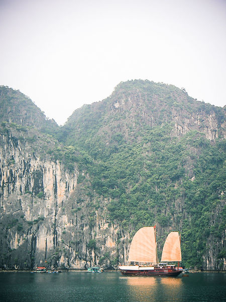 Boats Cliff Day Geology Halongbay Rock Rock Formation Rocky Mountains Travel Travel Destinations Vietnam Vignette