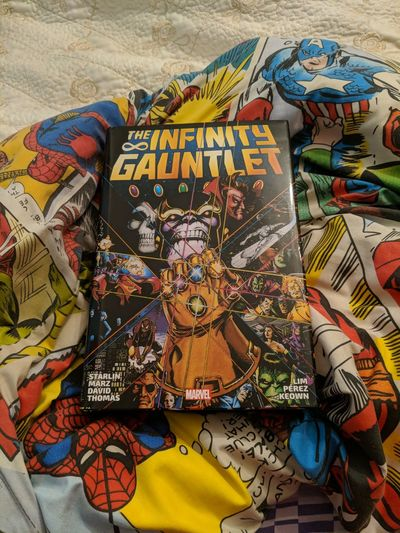 Infinity Gauntlet Omnibus Marvel Marvelcomics Marvel Comics Infinity ∞ Infinity Infinity War Infinity Gauntlet MOVIE Comic Comics Omnibus Book Multi Colored Close-up