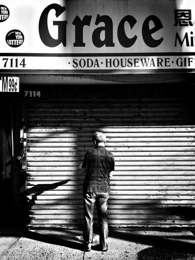 Grace New York City Black And White EyeEm Best Shots The Street Photographer - 2016 EyeEm Awards The Portraitist - The 2016 EyeEm Awards Street Photography Streetphotography This Week On Eyeem EyeEm Best Shots - Black + White Wearegrryo Streetphoto_bw
