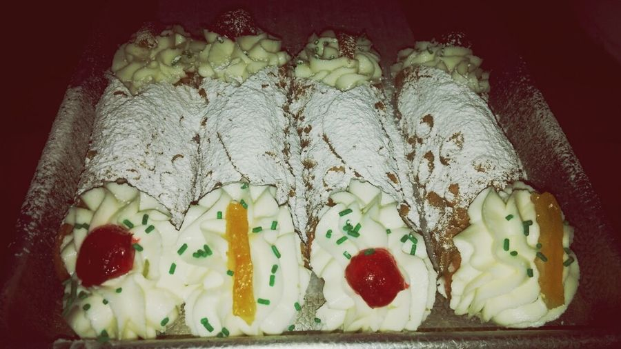 The cannolis i made at work :D My Creation Italianbakery Great Practice I Love My Job