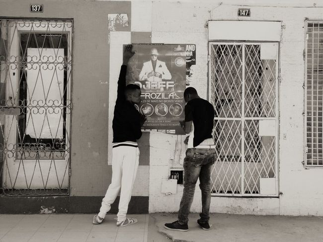 Cityscapes Monochrome Blackandwhite Working Clubbing Beira Mozambique Africa Streetphotography Peoplephotography