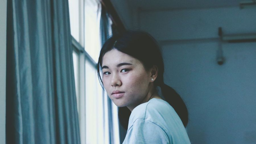 Curtain Headshot Looking Through Window Young Women Window Contemplation Close-up