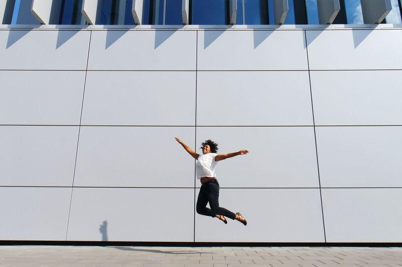 jumping fernanda.... Open Edit Jumpshot Enjoying Life Buffalo Soldier Großstadtgeschichten What I Value Adventure Buddies