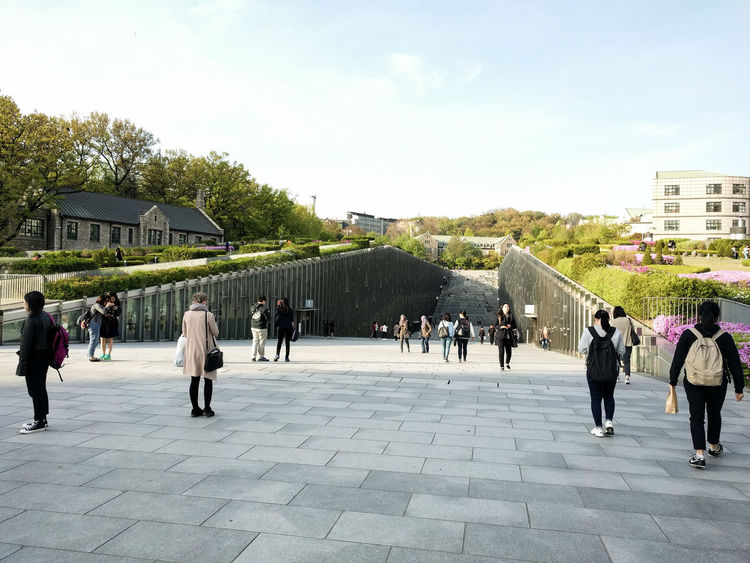 Architecture ASIA Building Exterior Built Structure City Contemporary Architecture Day Ewha Womans University Large Group Of People Outdoors People Real People Seoul, Korea Sky Tree Women