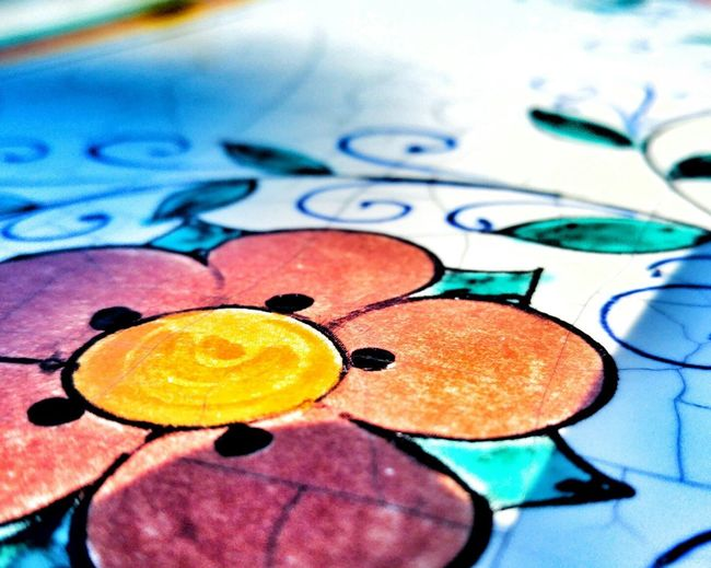 Flower power Multi Colored Full Frame No People Close-up Indoors  Backgrounds Day First Eyeem Photo Flower Table Painting Handmade