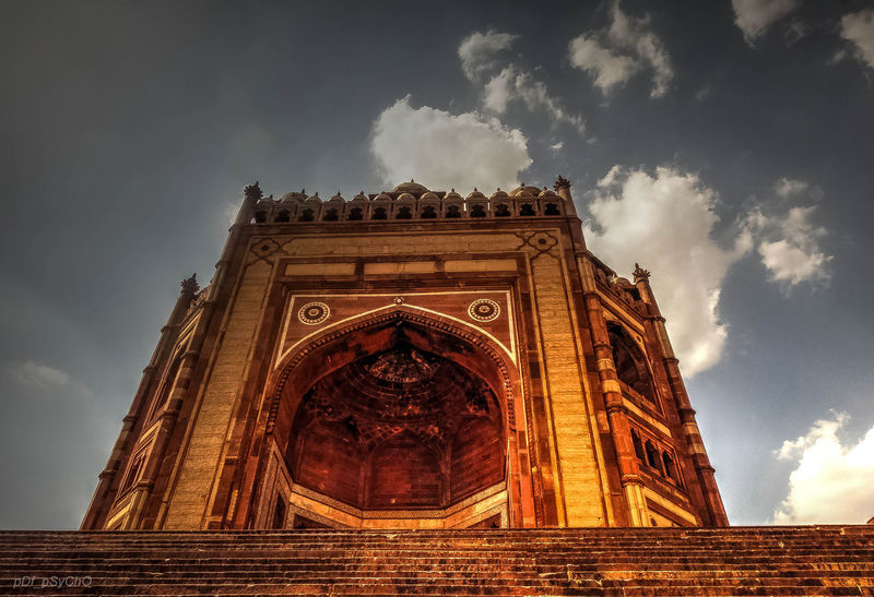 _soi Arch Architecture Built Structure Bulanddarwaza City Cloud - Sky Day Fatehpur Sikri Low Angle View Mughalarchitecture No People Outdoors Sky Travel Destinations Triumphal Arch UttarPradesh The Great Outdoors - 2017 EyeEm Awards