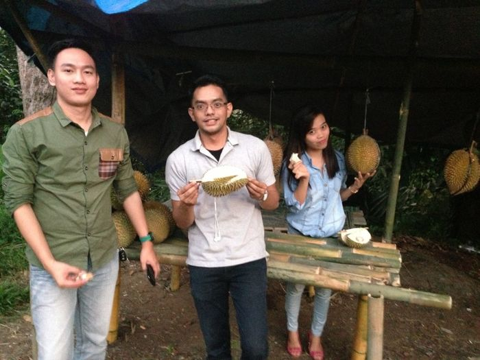 Durians Party With Bestfriend
