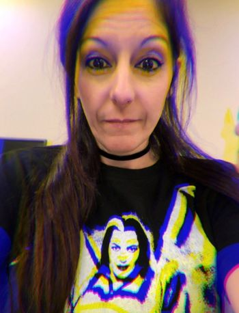 Just me messing around with trippy filters at work, wearing my fav shirt 🦇🖤 Just Me Trippy Munsters Yvonne De Carlo Portrait Looking At Camera Front View One Person Lifestyles Headshot Real People