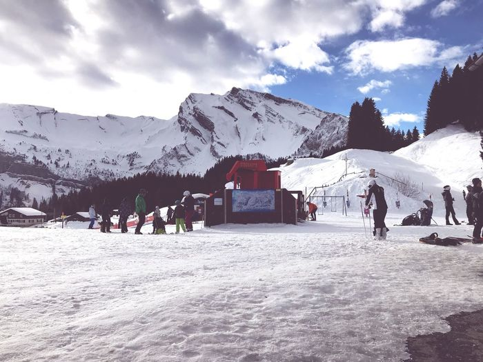Mountain Sky Snow Cloud - Sky Large Group Of People Winter Snowcapped Mountain first eyeem photo EyeEmNewHere