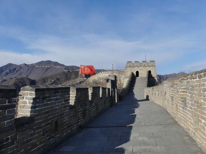 Great wall of china against sky